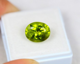 5.59ct Natural Green Peridot Oval Cut Lot Z115