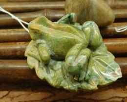 Natural gemstone ocean kambaba frog pendant frog craft animal lover