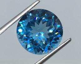 6.83 Carat VVS Topaz Caribbean Blue Exquisite Flash and Quality !