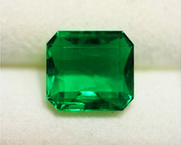 1.91 ct Magnificent Emerald Certified. High-End Stone!