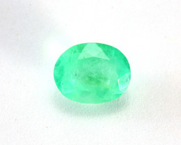 CERTIFIED 4.73ct COLOMBIAN EMERALD OVAL CUT