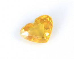 CERTIFIED 3.34ct. HEART-SHAPED YELLOW SAPPHIRE