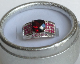 Garnet and Ruby Cocktail Ring 2.14 TCW