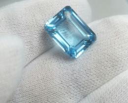 8.75 cts Emerald Cut Blue Topaz Gemstone