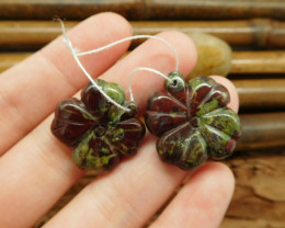 Dragon bloodstone carved four leaf clover earring pairs (G0190)