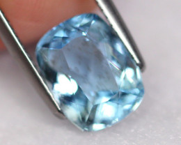 3.38cts Natural vivid Blue Colour Aquamarine / AA91