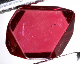1 CTS  SPINEL OCTRAHEDRAL CRYSTALS  BURMA    RG-3657