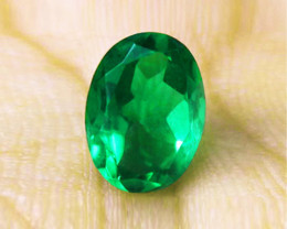 1.30 ct Natural Earth Mined Emerald Certified. Top stone!