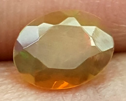 0.40CT FACETED OPAL  BEST QUALITY GEMSTONE IGC84