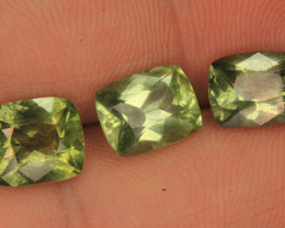 Wow 3 pieces lot of Peridot Gemstone hair-like Ludwigite inclusions From Pa