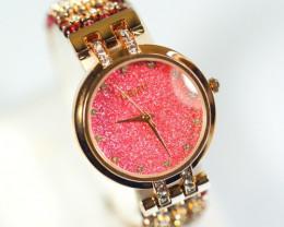 315.0Ct Natural Garnet Gemstones Watch