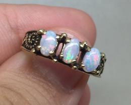 (B4) Wonderful $1000 Nat 0.60ct Opal Trilogy Ring 10K YG 2.17gr
