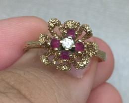 (B8) Splendid $700 Nat 0.35ct Ruby & Diamond  Ring 10K YG 2.2gr