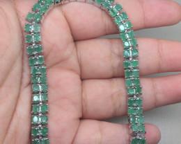 (B12)Striking Nat 94.0tcw. Top Rich Green Emerald Bracelet Untreated