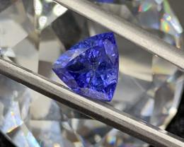 IPGTL Certificated - Tanzanite Loose Gemstone  - 2.15 carats  - Cut Trillio