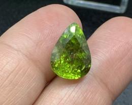Peridot Loose Gemstone - 10.82 carats Cut Pear IPGTL Certificated