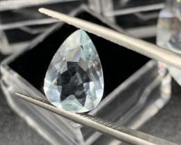 Aquamarine Loose Gemstone - 2.81 ct - Cut Pear - Color Sky Blue Certificate