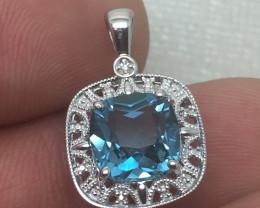 (B16) Stunning $1200  Nat 3.71cw. Nat Blue Topaz & Wht Diamond Pendant