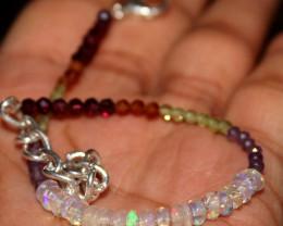 17 Crt Natural Garnet, Welo Opal, Amethyst & Peridot Beads Bracelet 256