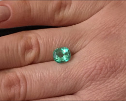 2,30ct Colombian Emerald Ref 22/76