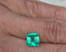 Gorgeous 3,75ct Colombian Emerald Ref 11/32