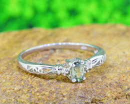 NaturaL Green Sapphire 925 Sterling Silver Ring (SSR0514 )