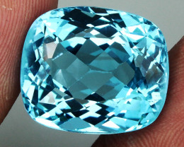 24.02 ct. 100% Natural Top Sky Blue Topaz Brazil