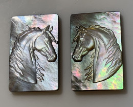 Mother of Pearl Horse Carved Cameo Shell Pair with Rainbows Cabochon 15ct