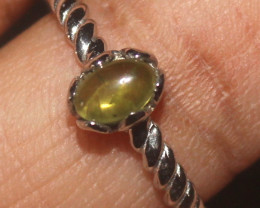 Natural Peridot 925 Sterling Silver Ring Size (9.5) 122