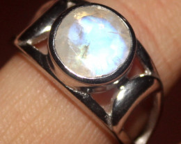 Natural Rainbow Moonstone 925 Sterling Silver Ring Size (7) 136