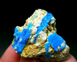 Natural blue color lovely Azurite specimen 60 Cts -Pakistan