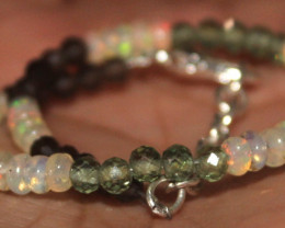 12 Crt Natural Welo Opal Smokey Apatite & Onyx Beads Bracelet 293