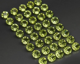 40 Peridot Lot - 4.70cts - Untreated - 3 mm