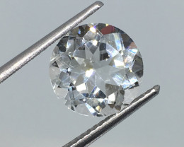 4.28 Carat VS Topaz - Diamond White Color Incredible Flash Quality !