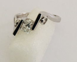 White Gold ring 18 kt with diamonds and radium