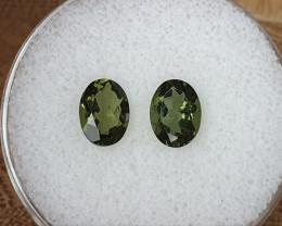 1,98ct Moldavite pair - Natural faceted Tektite!