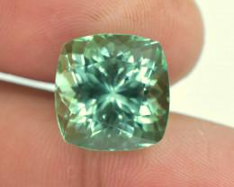 No Reserve - 12.50 Carats Lush Green Spodumene Gemstone