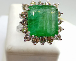 Stunning 12.76cts Colombian  Emerald Diamond Ring , 14kt Solid White gold
