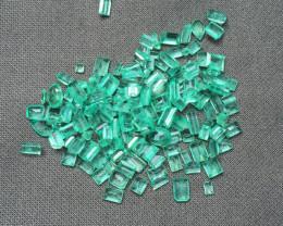 Excellent Parcel of 45,66ct Colombian Emeralds Ref 74/76 (154 pieces)