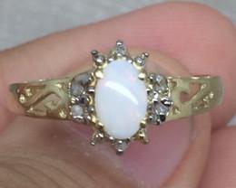 (B6)  Wonderful Nat 0.50cts White Opal & Diamond Ring 10K YG 1.57gr