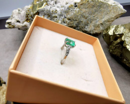 1,35ct Colombian Emerald 18k Solid Gold Ring with Diamonds ref. 61/76 colom