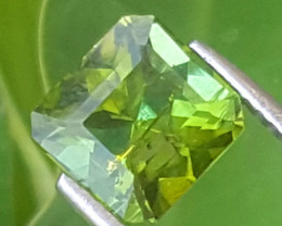 3 carats Green color Tourmaline Gemstone NO reserve