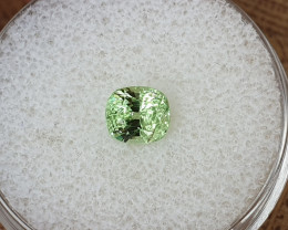 1,16ct Tsavorite garnet - high brilliance!