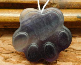 Carved fluorite cat claw pendant bead (G0529)