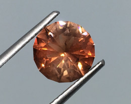 1.95 Carat VVS Sunstone Untreated Master Cut Exquisite Quality !