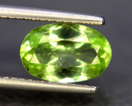 4.65 Carats Olivine Green Natural Peridot Gemstone