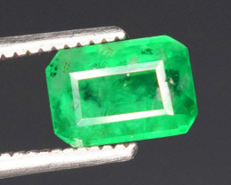 0.80 cts Top quality Lush Green Emerald Gemstones From Swat