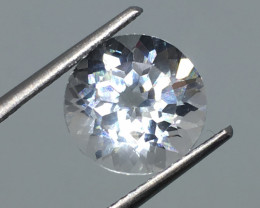 4.48 Carat VS Topaz - Diamond White Color Incredible Flash Quality !