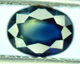 Bi- Color Flawless 1.55 CT Oval Cut Parti Sapphire Gemstone