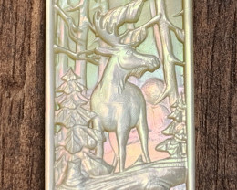 Mother of Pearl MOOSE Carved Cameo Shell with Rainbows Cabochon 5ct